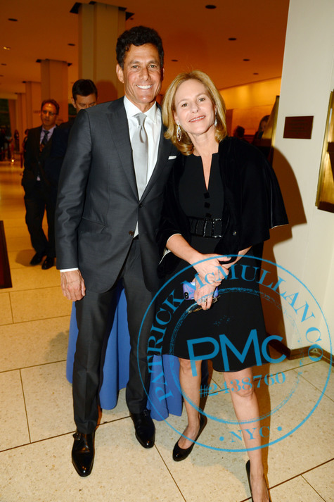 Strauss Zelnick con agradable, Esposa Wendy Belzberg